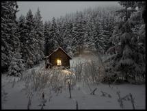Chalet en plein hiver Poster
